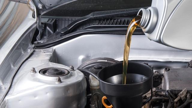Profesionální výměna olejů a filtrů